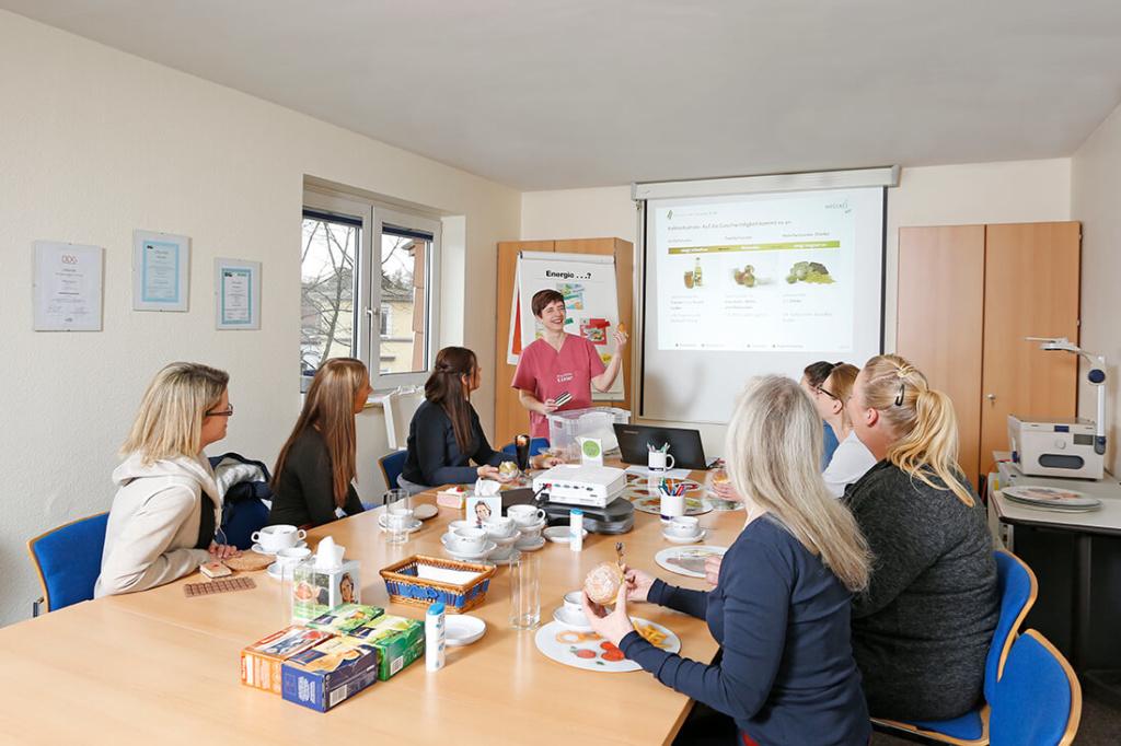 Diabetes-Zentrum Hemer - Pollok & Chmielewski - Schulungen gehören zu den Leistungen unserer Praxis