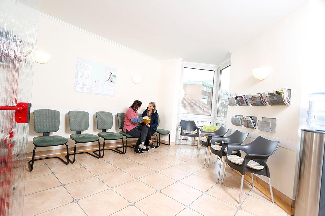 Diabetes-Zentrum Hemer - Pollok & Chmielewski - Wartezimmer der Praxis